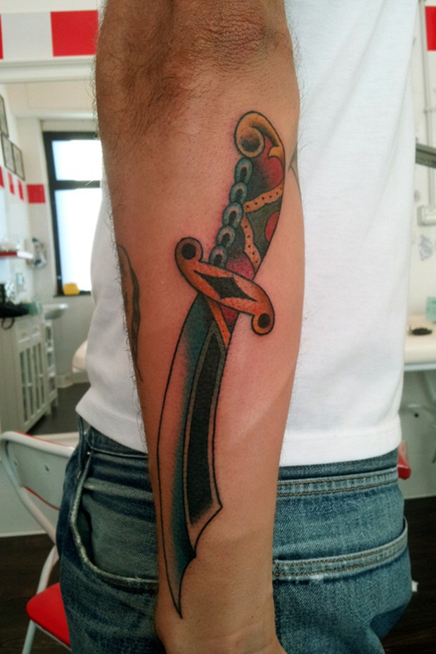 Weapon Tattoos (20)