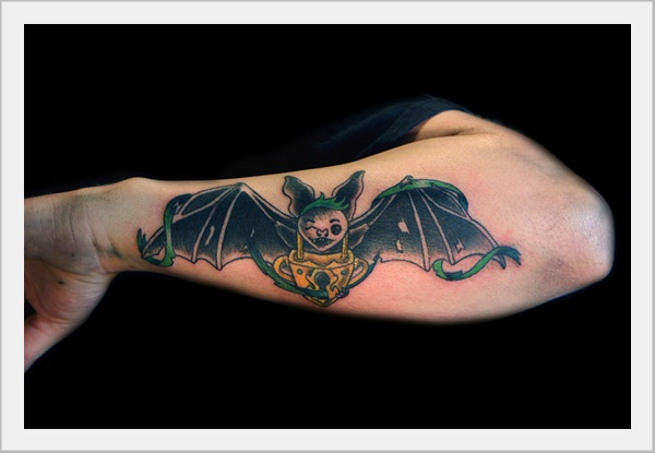 Bat Tattoo Designs (9)