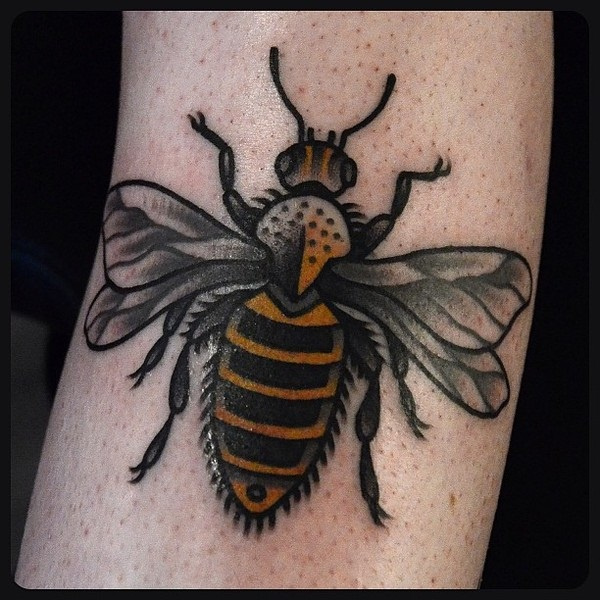 Bee tattoo designs (3)
