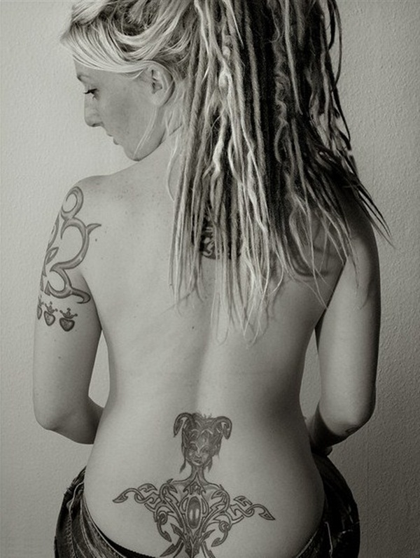 Sexy Lower Back Tattoo Designs For Girls (47)