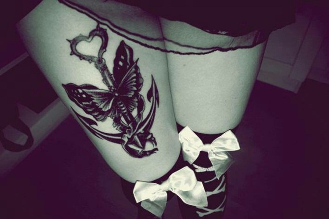 Sexy Thigh Tattoos for Girls (20)
