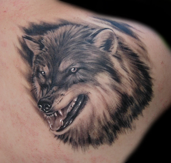 Wolf Tattoo Designs (2)