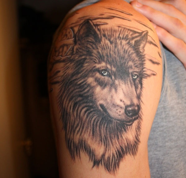 Wolf Tattoo Designs (21)