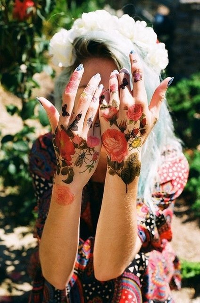 Creative Hand Tattoo Designs in Vogue (30)