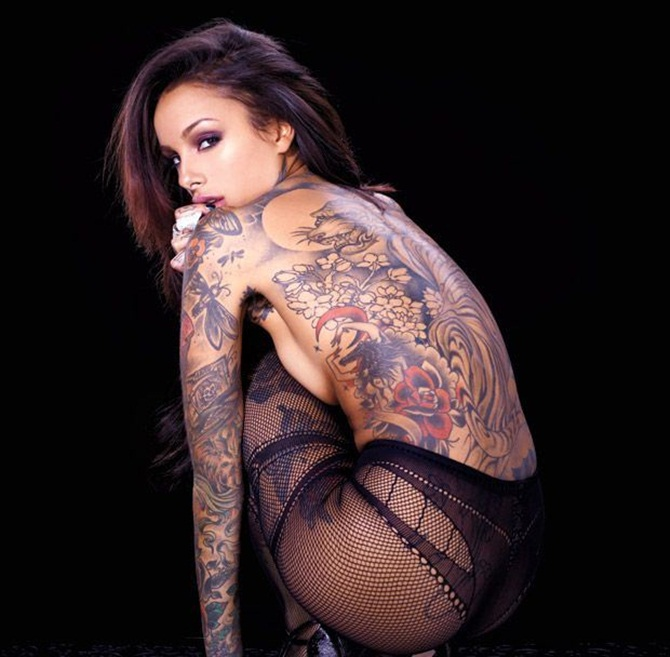 Latest Sexy Tattoo Designs For Girls (15)